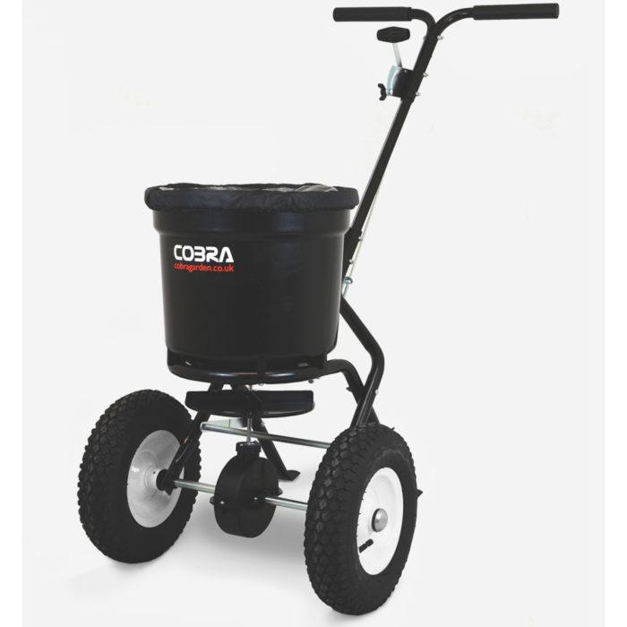 Cobra HS23 duw strooiwagen