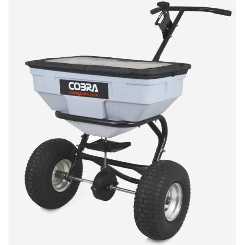 Cobra HS60 strooiwagen