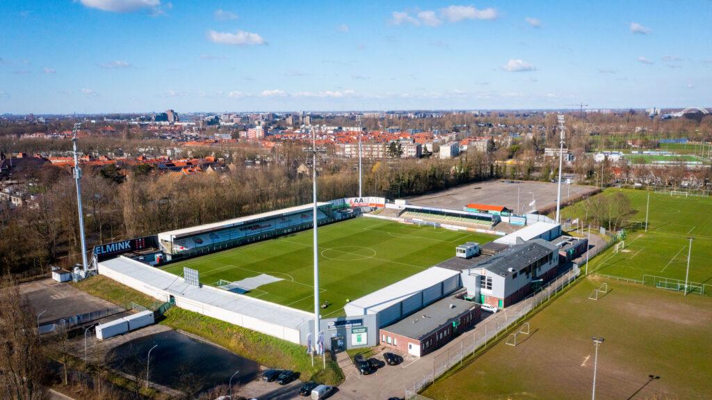Stadion FC Dordrecht - foto Cees van der Wal